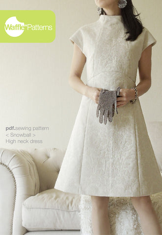 High neck dress -Snowball- (size 34-48)