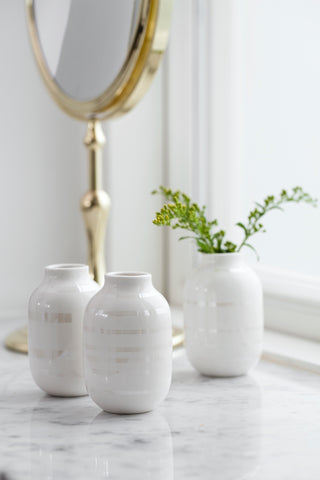 Kahler Omaggio Mini Ceramic Vase 3-Pack (White / Pearl)