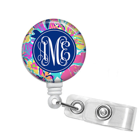 Badge Holder, Retractable Badge Reel - Besame Mucho - Designs by Dee's Hands  - 1