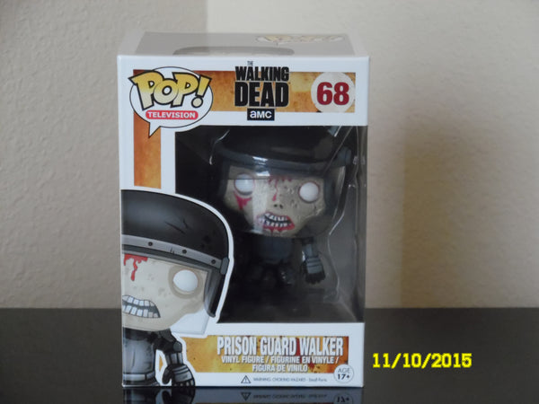 The Walking Dead Prison Guard Walker  # 68   TV Series 3 / Funko Pop !  Retired
