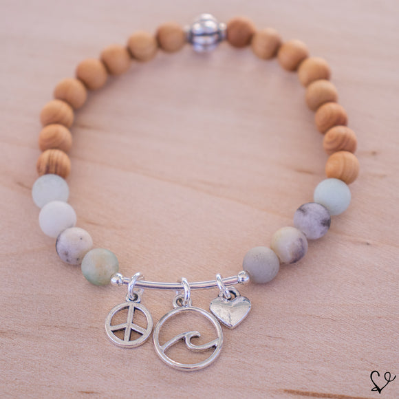 Peace. Love. Waves Dainty Diffuser Bracelet
