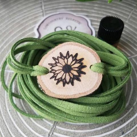 Daisy Sunflower Essential Oil Diffuser Bracelet -- FREE SHIPPING // engraved by hand