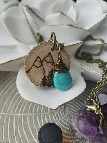Muir Inspired Essential Oil Diffuser Necklace Made with Untreated Wood -- FREE SHIPPING