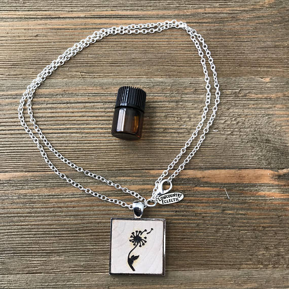 Dandelion Statement Essential Oil Diffuser Necklace