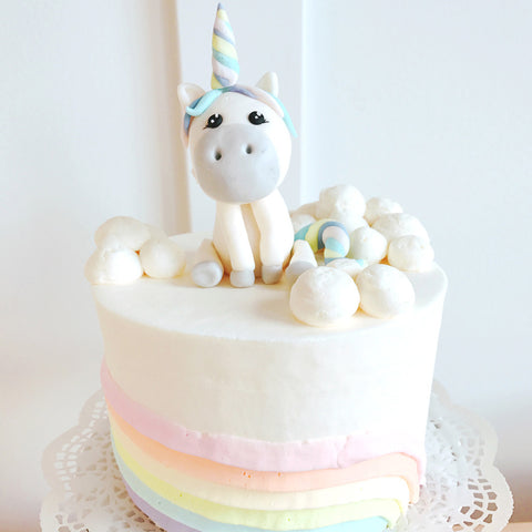 Pegasus in the Clouds Companion Cake