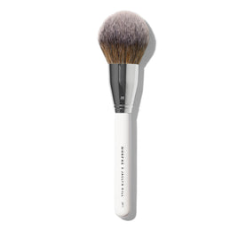 MORPHE X JACLYN HILL JH11 SWEEPING BEAUTY BRUSH