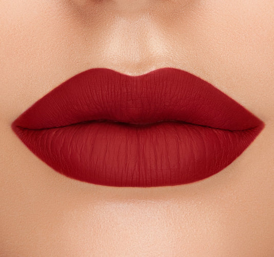 DREAMY MATTE LIQUID LIPSTICK - RUMORS ON MODEL