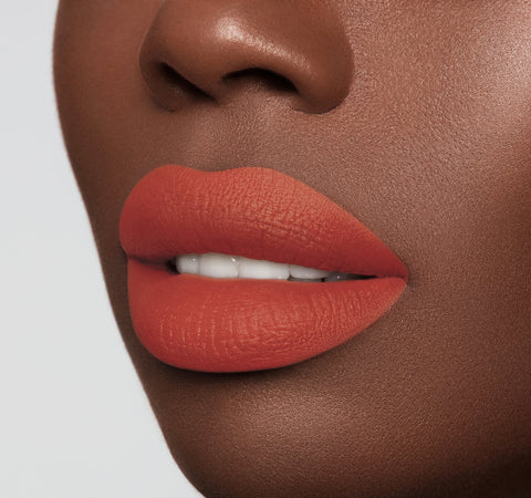 MATTE LIPSTICK - FLAME ON MODEL