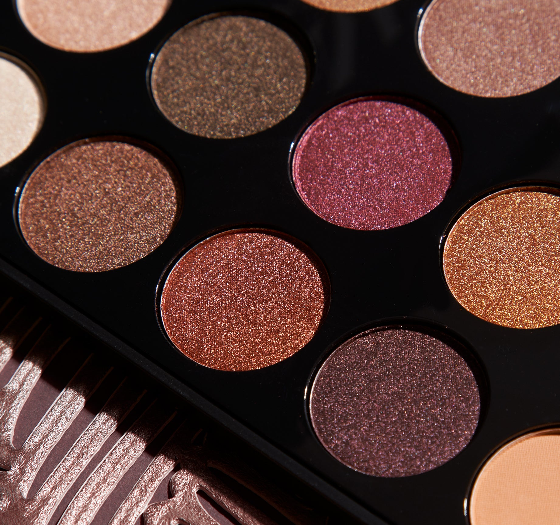 Glitter Eye Shadow Palette 12 Colors With Mirror 2 Brush Perfect Summer Matte Makeup Tool Eye Shadow Cosmetics For Make-up Beauty & Health