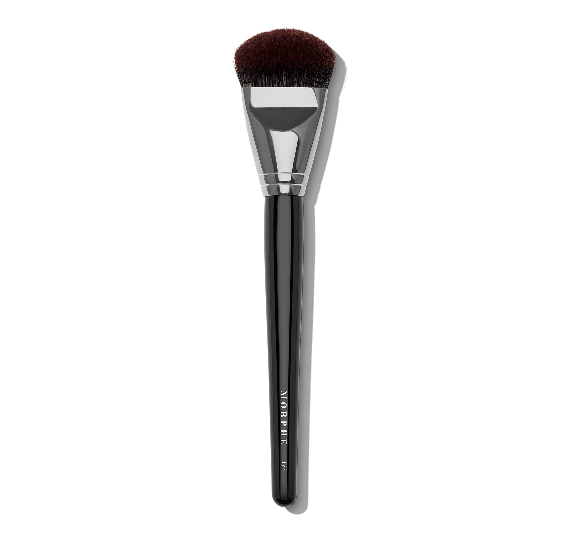 E63 WIDE ANGLE FOUNDATION BRUSH, view larger image