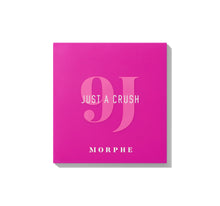 9J JUST A CRUSH ARTISTRY PALETTE