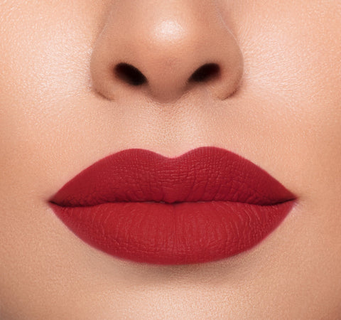 MEGA MATTE LIPSTICK – DOMINATE ON MODEL