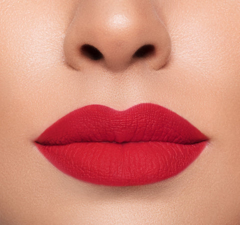 MEGA MATTE LIPSTICK - STEAMY ON MODEL
