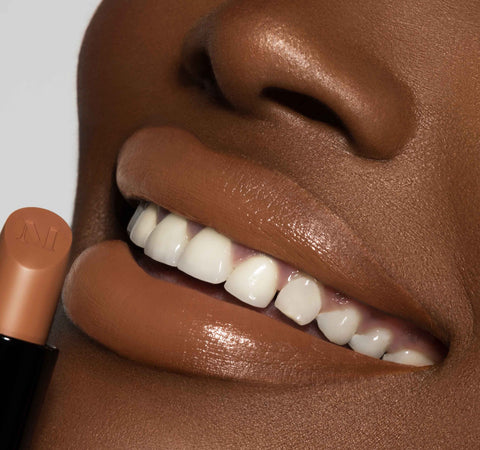 CARAMEL NUDE LIP TRIO ON MODEL