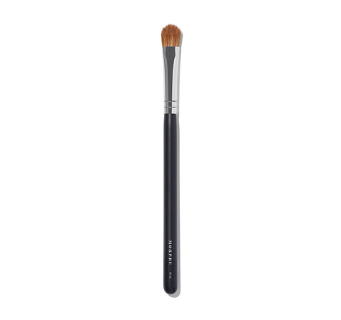 M166 - OVAL SHADOW BRUSH