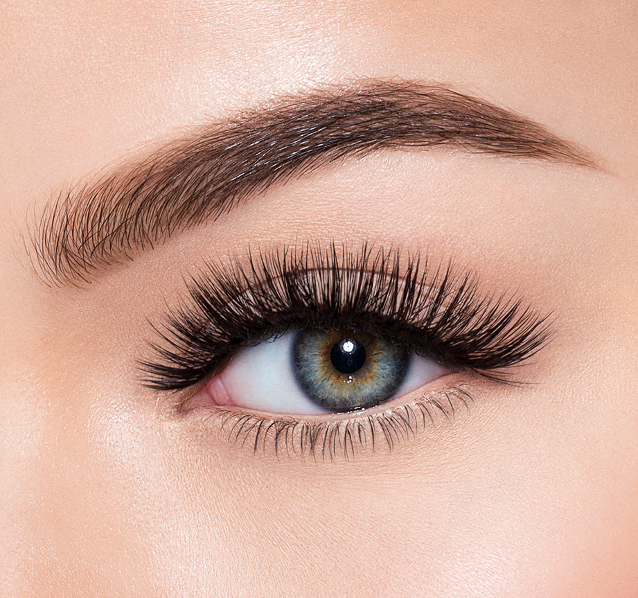 EYECON-MORPHE PREMIUM LASHES ON MODEL, view larger image