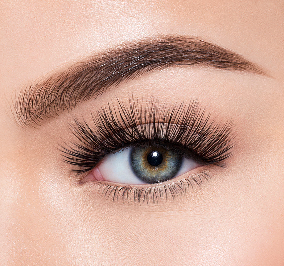 ROMANCING-MORPHE PREMIUM LASHES ON MODEL, view larger image