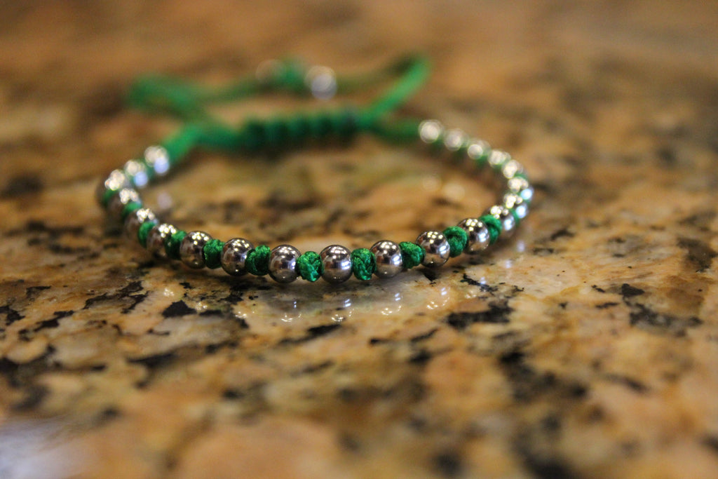 18kt White Gold Plated Green Macrame Knot