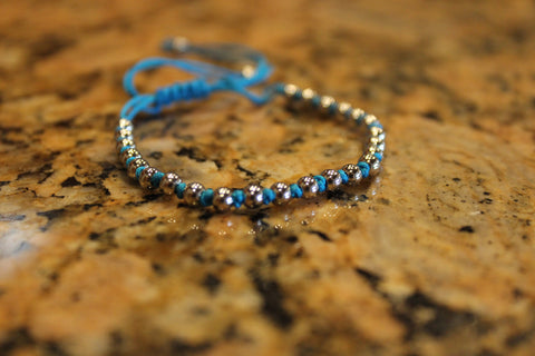18kt White Gold Plated Blue Macrame Knot