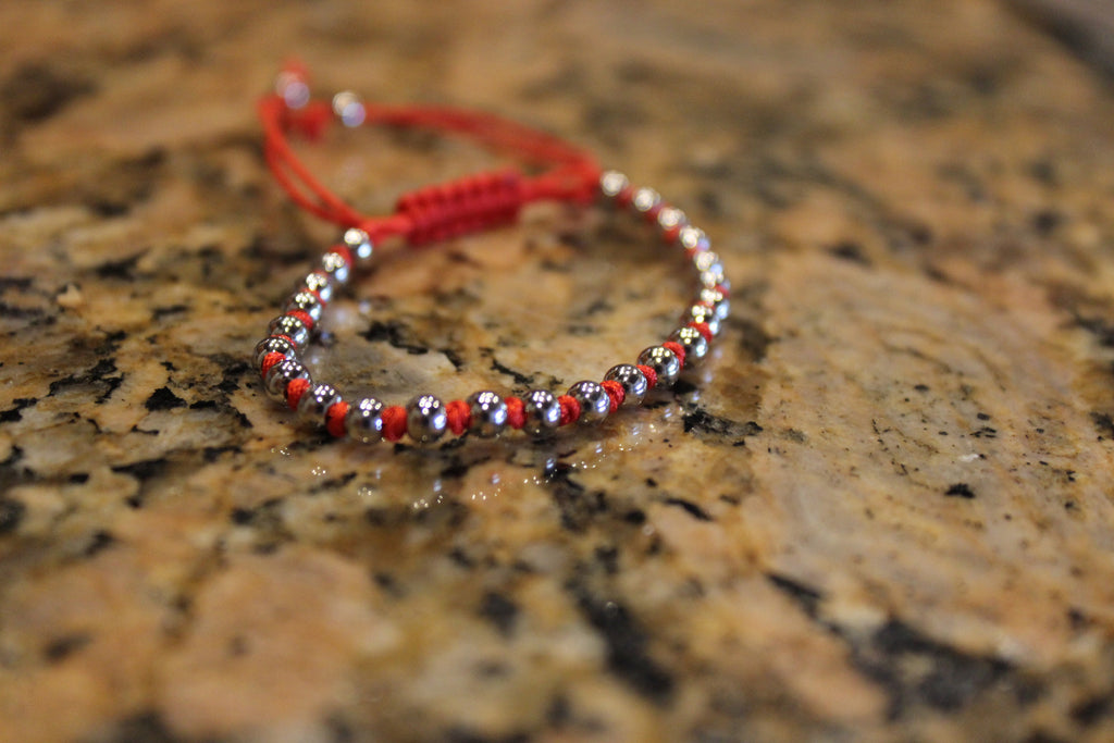 18kt White Gold Plated Red Macrame Knot