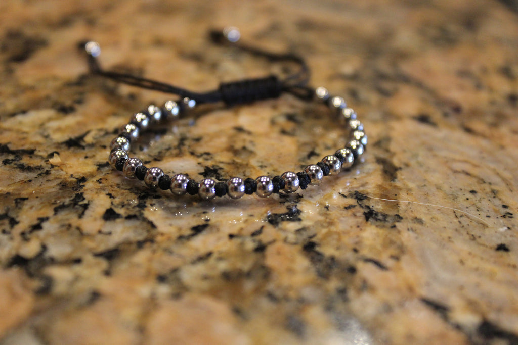 18kt White Gold Plated Black Macrame Knot