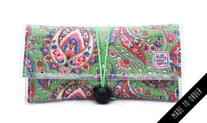 Button Clutch - paisley curlicues