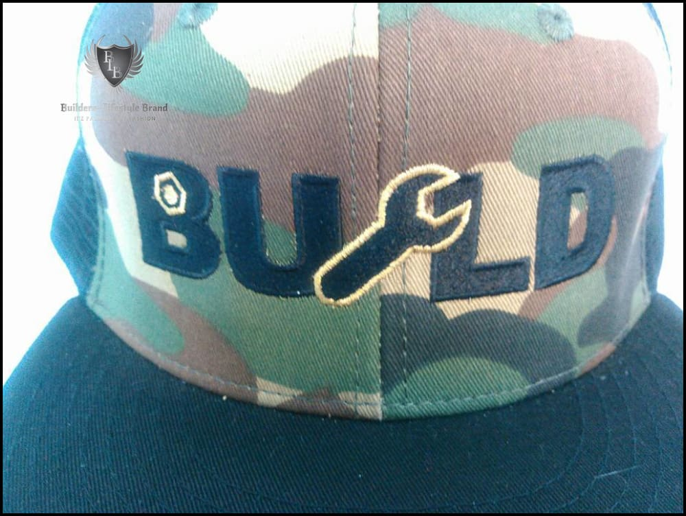 B.U.I.L.D.E.R.Z - BOSS UP CAMO SNAPBACK ( ALL BLACK/ GOLD)