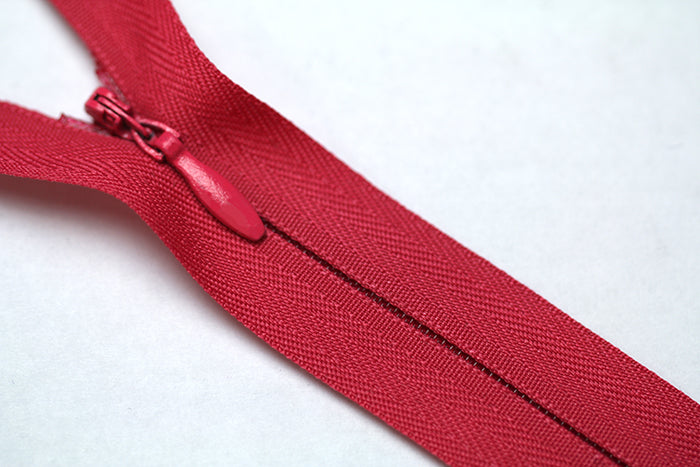 Conceal Zipper Footer for dressmaking