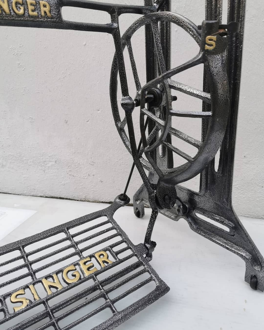 Metal Stand, Treadle type - Singer Original at www.Sewing.sg