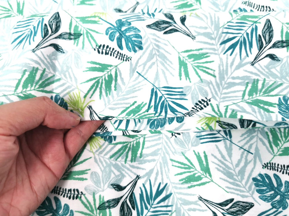 Out of Stocks Collection 1 Cotton Fabric Printed 100% cotton, Medium weight, very comfortable on skin, good for Face Mask or as Inner,  1m packing.