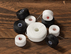 Black and White Polyester UV Prewound Bobbin Thread