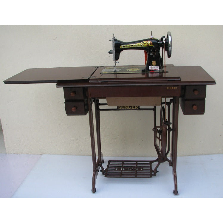Singer Traditional Sewing Machine 15NL, replace by latest mode 1518 - Traditional, Treddle with Table & Stand