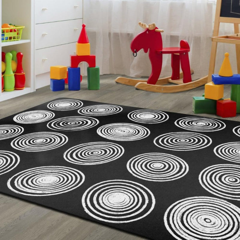 Circles Black and White Seating Rug