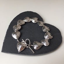 Load image into Gallery viewer, Hammered Heart Bracelet