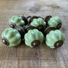Load image into Gallery viewer, Set of 6 Vintage Style Green Drawer Knobs