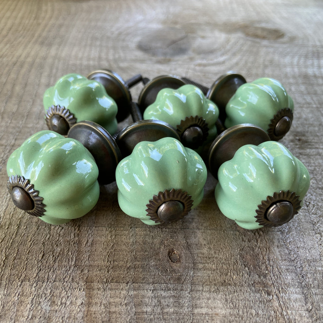 Set of 6 Vintage Style Green Drawer Knobs