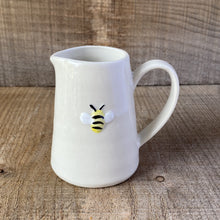 Load image into Gallery viewer, Bee Mini Jug