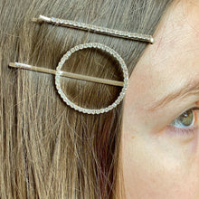 Load image into Gallery viewer, Diamanté Circle Hair Clip Pair