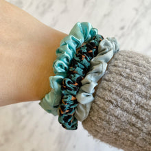 Load image into Gallery viewer, Scrunchie Pack Leopard & Aqua