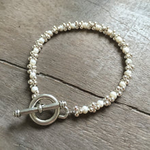 Load image into Gallery viewer, Pearl and Mini Jacks Bracelet