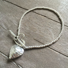 Load image into Gallery viewer, Hammered Heart Charm Bracelet