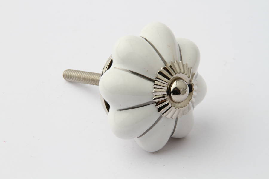 Striped Flower Drawer Knob Silver