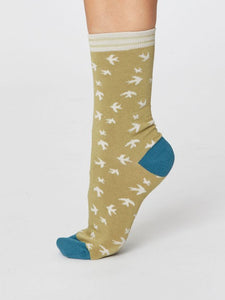 Ladies Swallow Bird Bamboo Socks