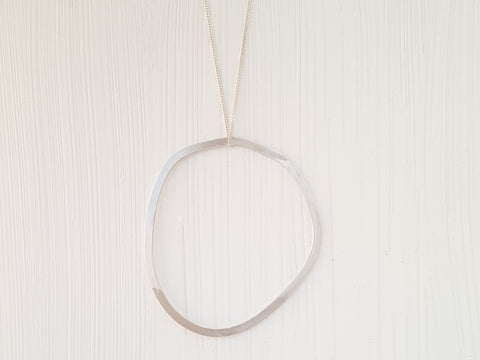 Geometrica Circle Necklace