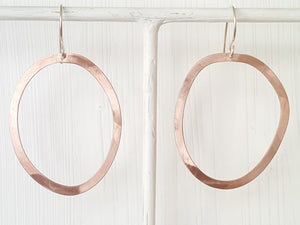 Geometrica Circle Earrings
