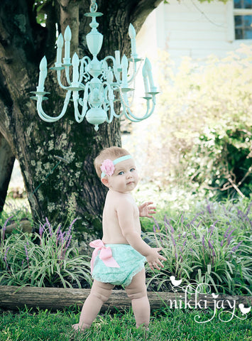 Baby Ruffle Bloomers set ..Easter.. Lace Ruffle Bum Baby Bloomer .. Baby bloomers .. Ruffle bloomers .. Diaper cover .. Photo prop
