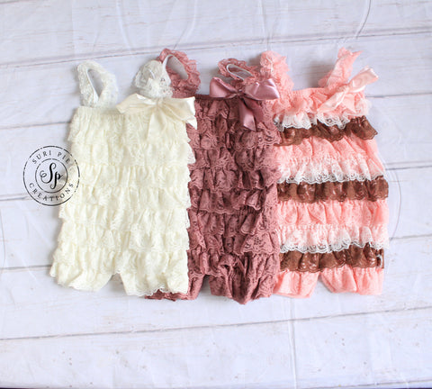 Petti Lace Romper..Girl's Clothing.Baby Girl Outfi...Girl's Birthday Outfit.Newborn Outfit..Baby's Birthday Outfit..Photography Prop..