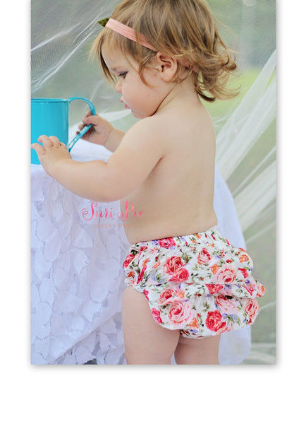 Ruffle Bloomers..Floral Ruffle Bum Baby Bloomer..Baby bloomers..Cake Smash..NewbornmRuffle bloomers .. Diaper cover .. Photo prop