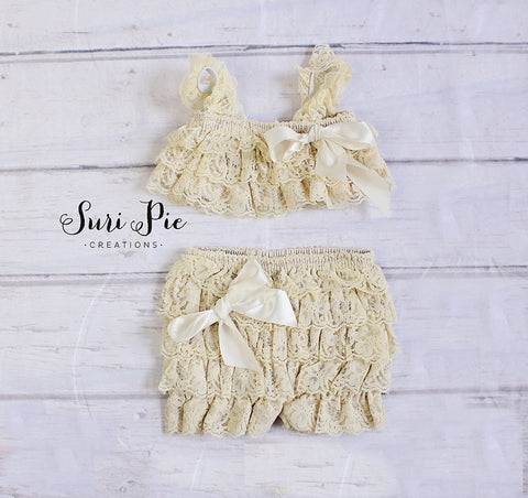 Ivory Lace Outfit.Lace Romper Shorts and Top Set..Birthday Outfits..Easter Photo Prop..Petti Shorts..Petti Top..Newborn..Toddler Clothing