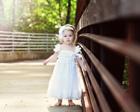 Flower Girl Dress...Rustic Flower Girl..Barn Weddings..Cowboy Flower Girl Dress..White Flower Girl Dress. .Burlap Weddings